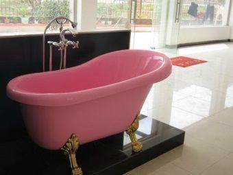 Акрилова кольорова ванна