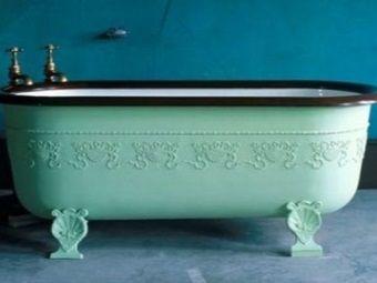 Кольорова ванна з чавуну