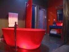 Червона ванна
