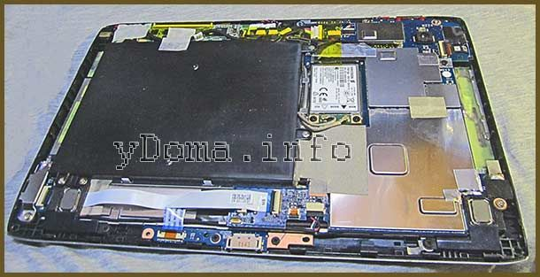 Фото планшета Acer A500 зі знятою задньою кришкою