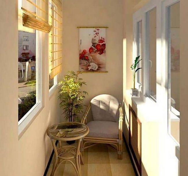 Маленький балкон: дизайн і фото