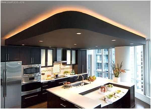 Натяжні стелі для кухні з підсвічуванням