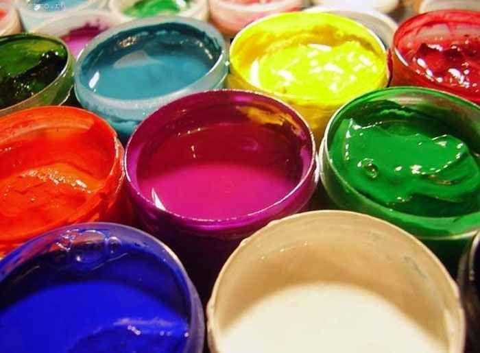 Фарбування стелі водоемульсійною фарбою - технологія робіт