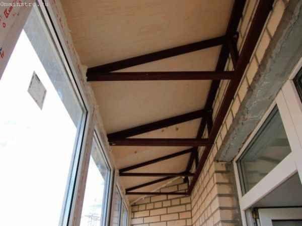 Пристрій балконних приміщень з дахом