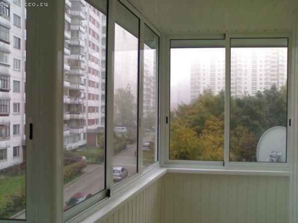 Фото недорогого засклення балконів або лоджій