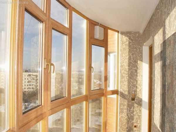 Фото скління балконів або лоджій
